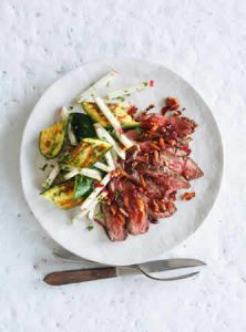 boeuf-grille-aux-canneberges-et-courgettes-roties