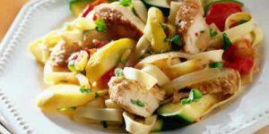tagliatelles au poulet et aux legumes