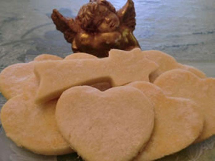 Biscuits de noel sans oeufs ni lactose au thermomix