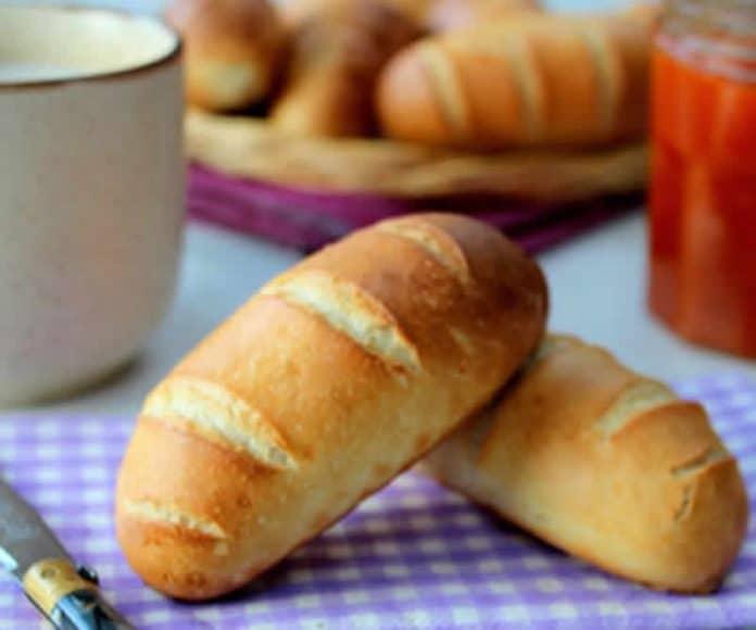 Petits pains au lait avec thermomix recette facile la maison - Recette petit pain au lait ...