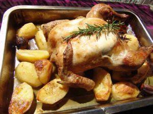 poulet roti aux pommes de terre