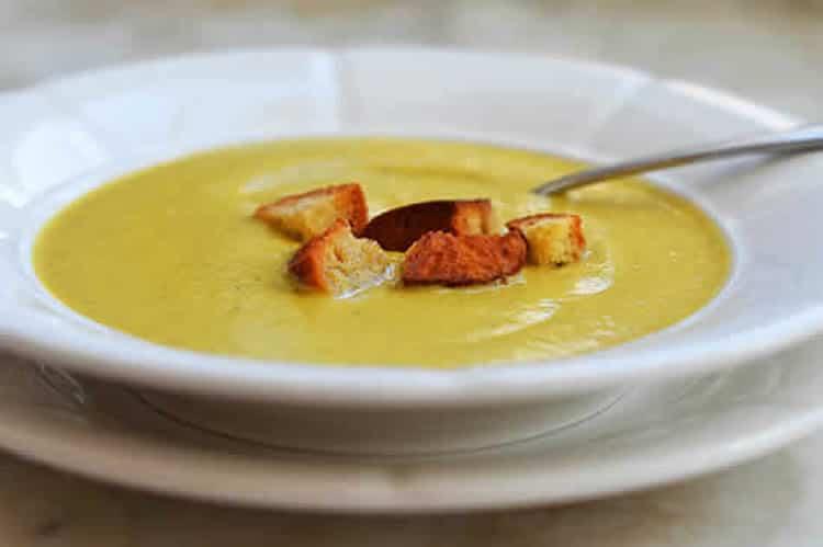 soupe pour maigrir une recette de soupe minceur amaigrissante. Black Bedroom Furniture Sets. Home Design Ideas