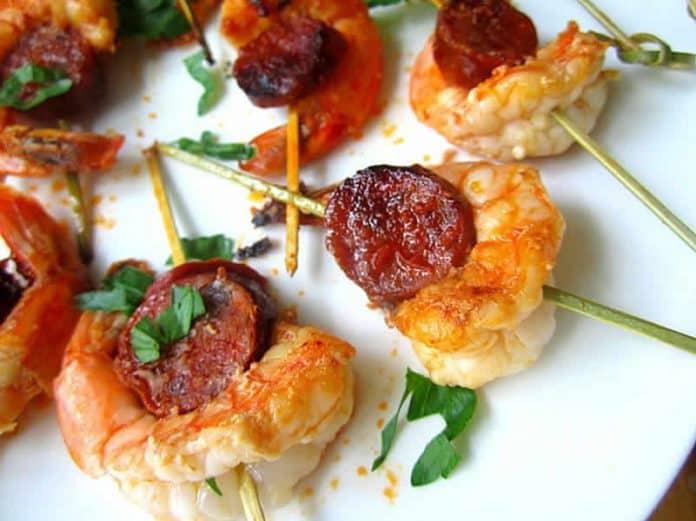 brochettes aux crevettes chorizo
