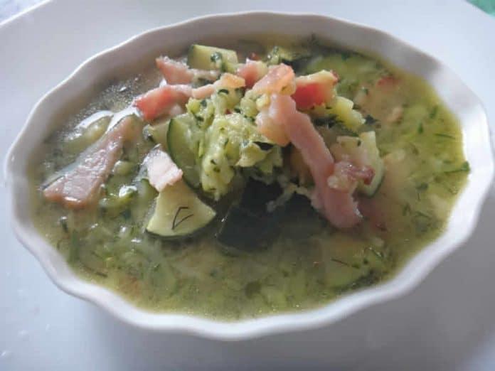 Soupe de courgette lardons cookeo