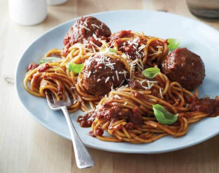 spaghetti aux boulettes de viande cookeo votre plat de d ner ce soir. Black Bedroom Furniture Sets. Home Design Ideas