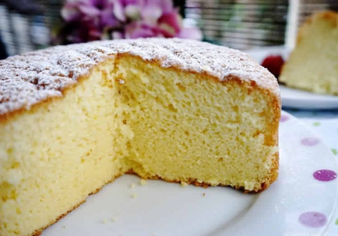 Gâteau éponge moelleux au thermomix