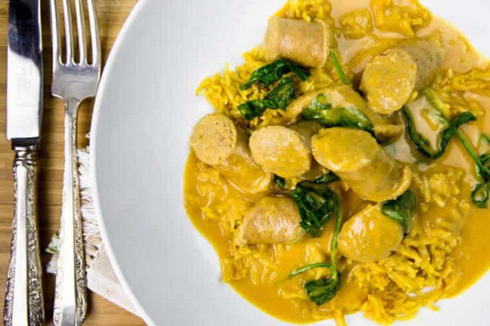 Saucisses au curry et noix de coco au thermomix