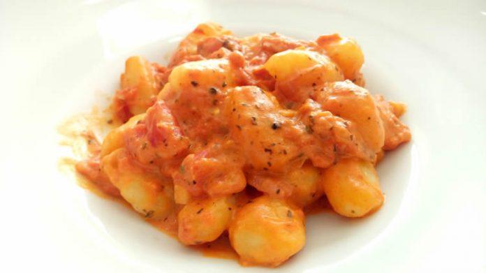 gnocchis au tomate et crème fraiche cookeo