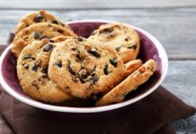 Biscuits au chocolat noir