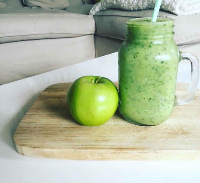 Green smoothie detox pomme banane avec thermomix