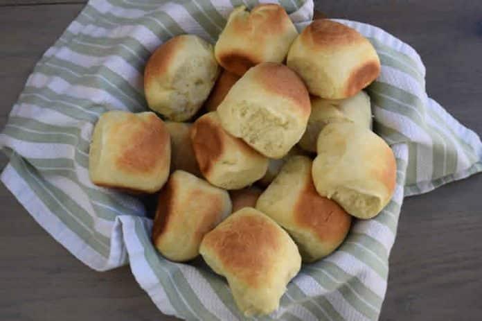 Petits pains au lait sans levure boulangère avec thermomix