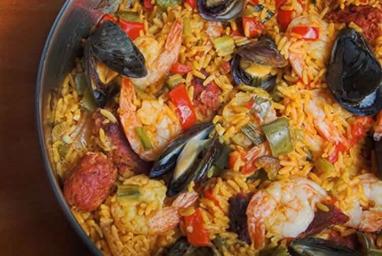 paella espagnole avec thermomix recette thermomix facile. Black Bedroom Furniture Sets. Home Design Ideas