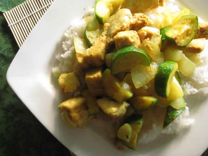 poulet courgette curry au cookeo