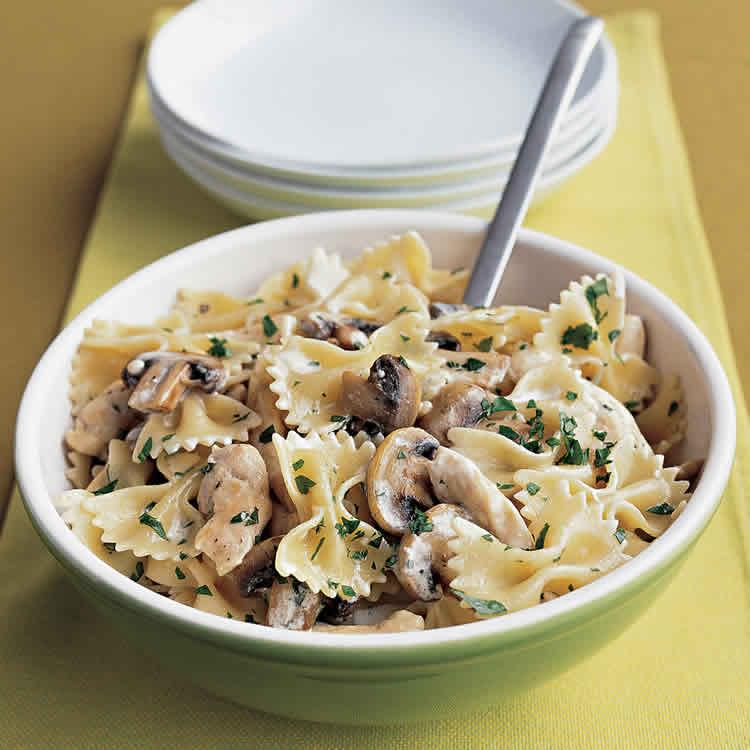 Poulet et champignons avec pâtes au cookeo - recette plat cookeo.