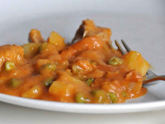 Poulet pomme de terre carotte et petit pois au cookeo