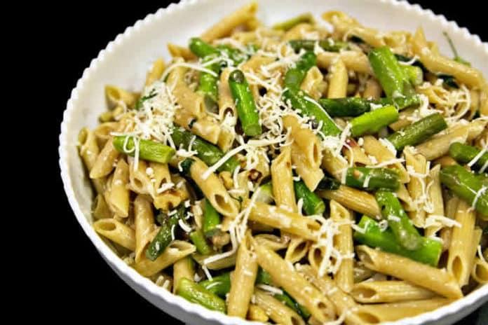 Pâtes aux asperges et parmesan au cookeo