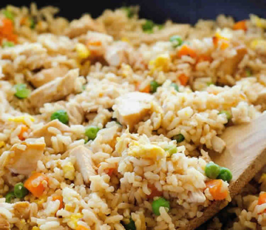 Recette de riz frit au poulet et aux légumes ww