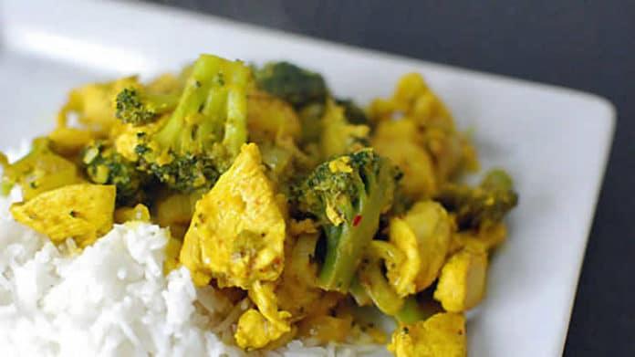 Recette escalope de poulet brocolis et curry ww