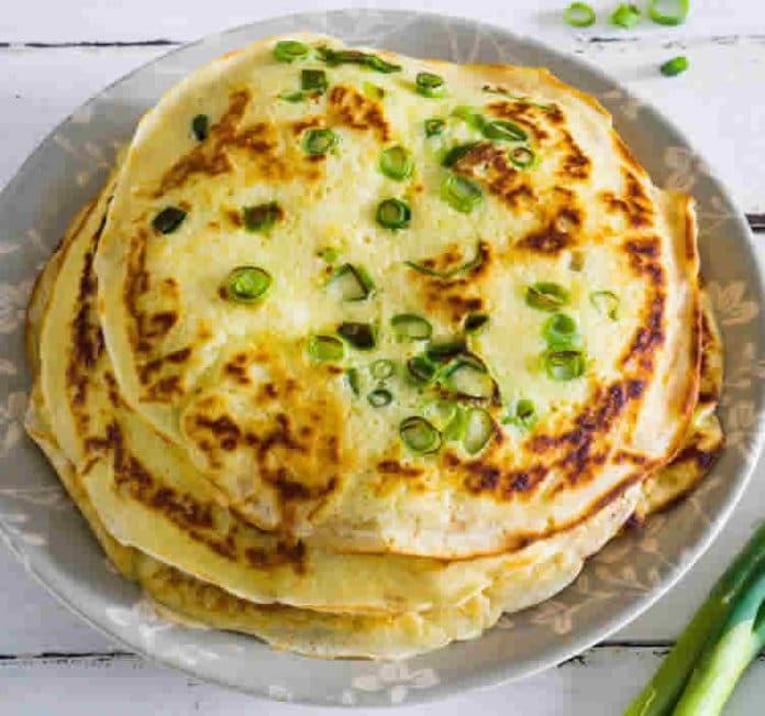 Pancakes aux oignons de printemps au thermomix