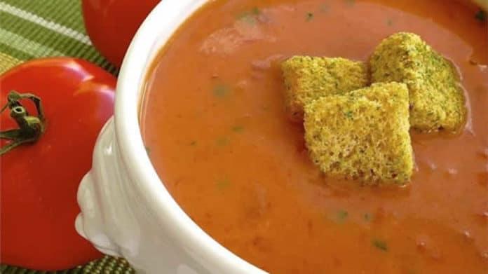 Soupe de tomates fraîches au basilic au thermomix
