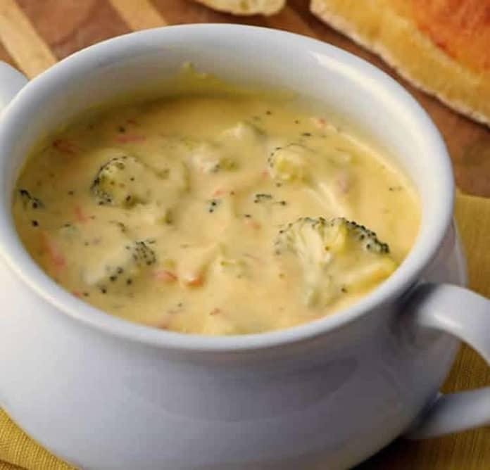 Soupe au cheddar et brocoli au thermomix