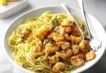 Spaghetti aux crevettes au citron et ail