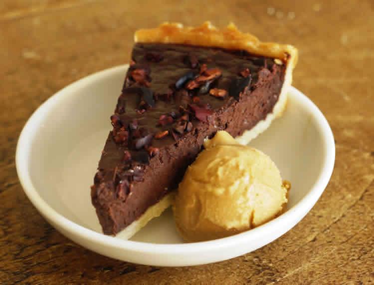 Tarte Au Chocolat Noir Et Glace Un Dessert Facile A Faire Chez Vous