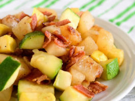 Plat pommes de terre courgettes et lardons au cookeo
