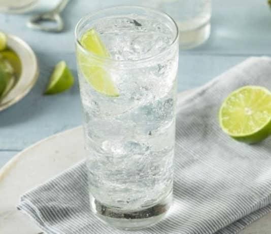 L'eau gazeuse fait-elle grossir ?