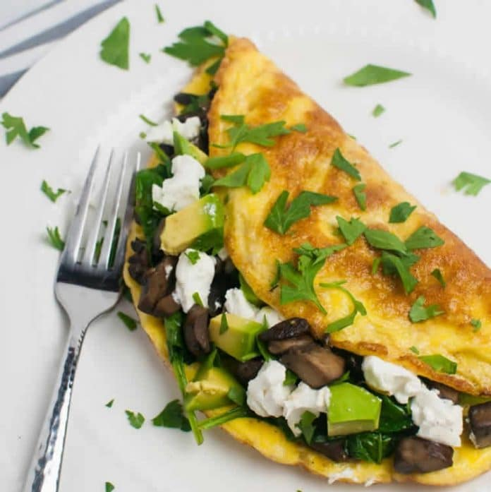 Omelette aux champignons et épinards