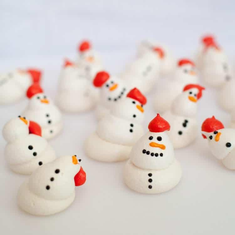 Bonhommes de neige en meringue au thermomix 2