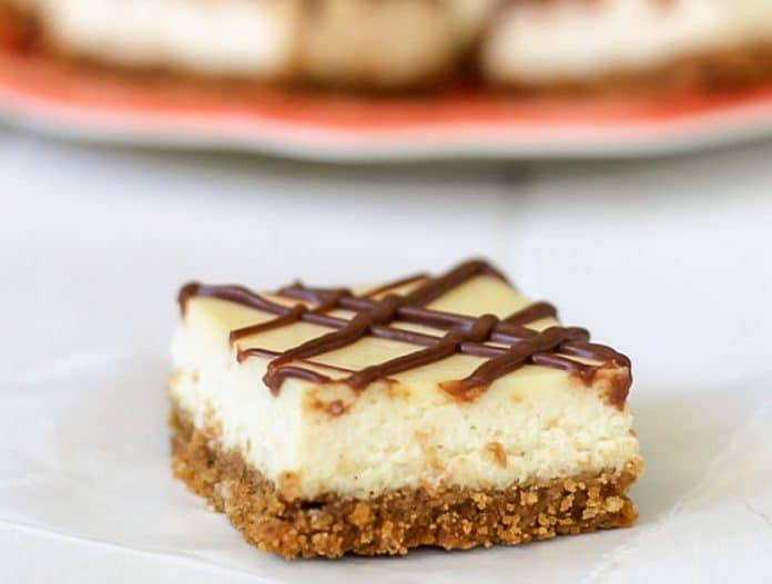 Carrés cheesecake à la vanille et chocolat