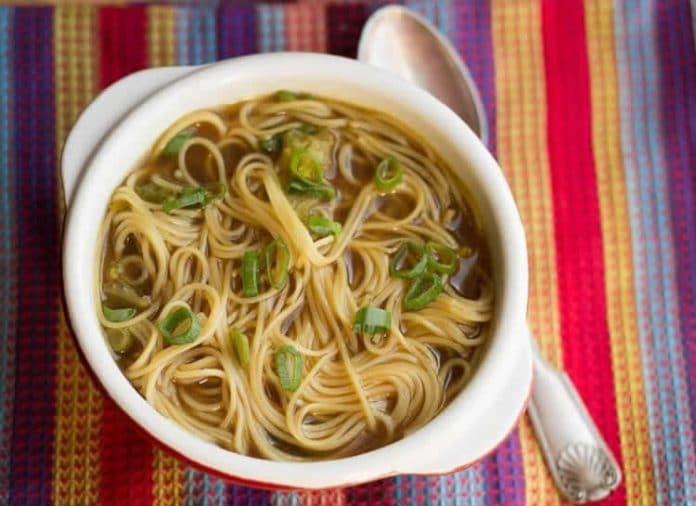 Soupe au nouilles chinoises au thermomix