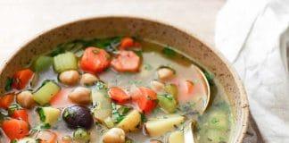 Soupe pois chiches et légumes