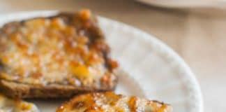 Apéro pain grillé au parmesan