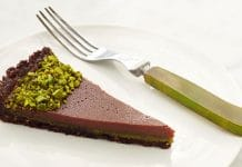 Tarte au chocolat et pistache