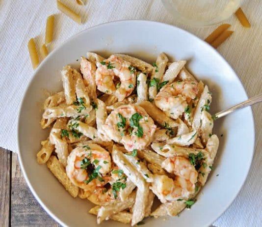Penne aux crevettes et sauce yaourt