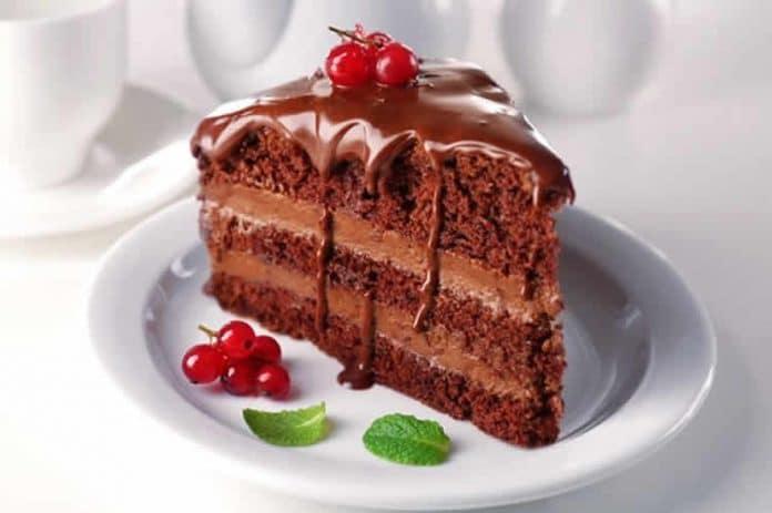 Gâteau au chocolat à la crème