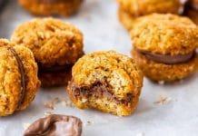 Biscuits à l'avoine fourrés au chocolat