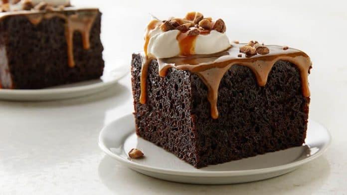 Cake chocolat à la sauce caramel