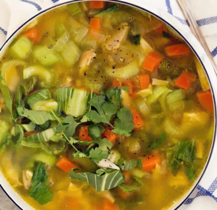 Soupe poulet et légumes