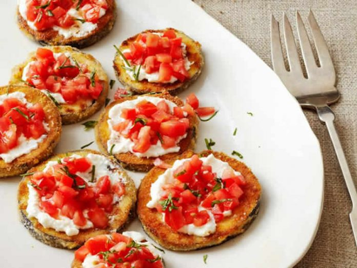 Aubergines frites avec tomates et ricotta