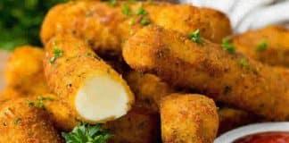 Apéro bâtonnets de mozzarella et marinara