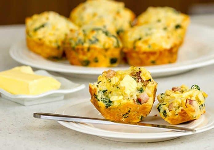 Muffins bacon épinards et maïs