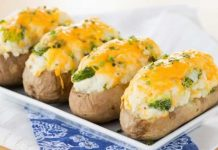 Pommes de terre farcies au fromage