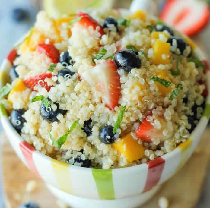 Salade quinoa aux fruits