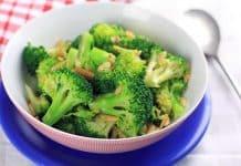 Salade de brocolis aux amandes au cookeo