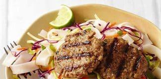 Galettes de viande à la salade