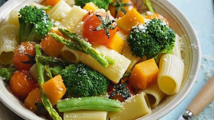 Jardinière de légumes et pâtes au cookeo