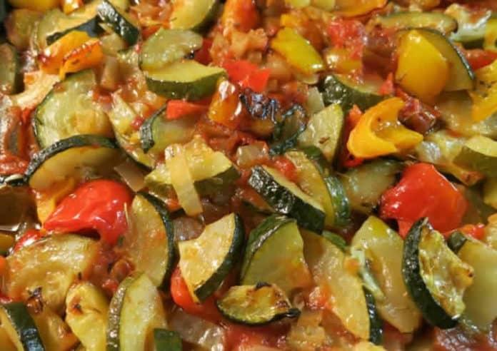 Poêlée de courgettes poivrons et tomates